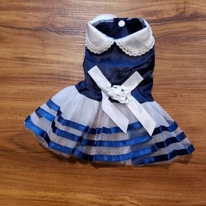 NWT small cat or dog sleeveless dress
